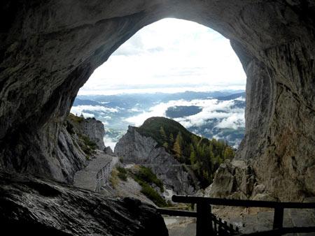 غار آیس ریزن وِلت