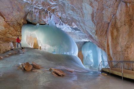 غار آیس ریزن