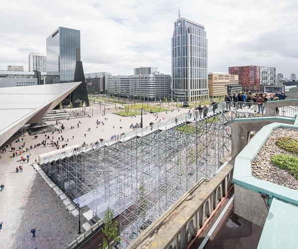 افتتاح بزرگ ترین پلکان شهری در روتردام هلند