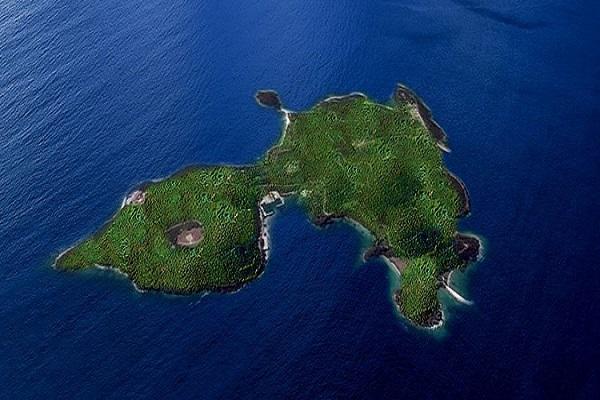 جزیره های شخصی جورجو آرمانی