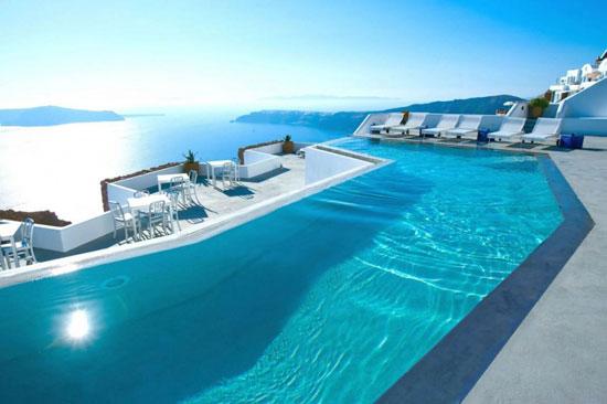 هتل کاتیکیس، جزیره سنتورینی، یونان