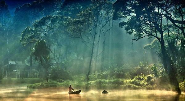دریاچه Ayie