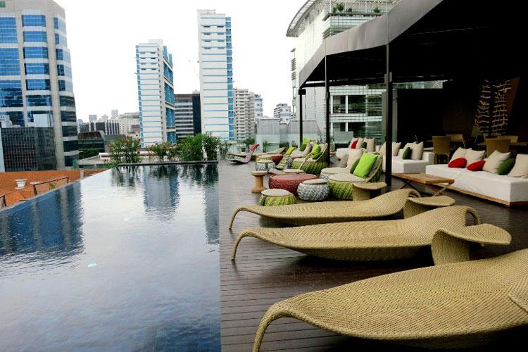 نائومی (Naumi)، سنگاپور