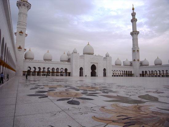 مسجد شیخ زاید در ابوظبی، امارات متحده عربی