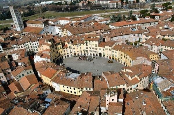 لوکا (Lucca)