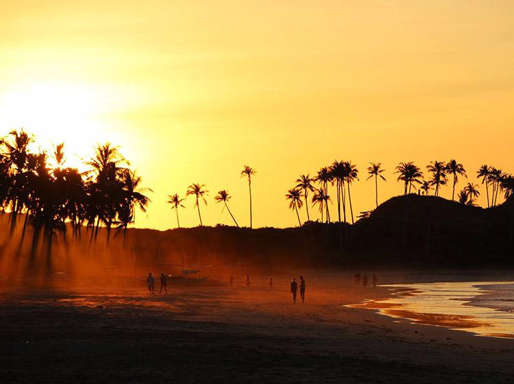 ساحل ناکپان (Nacpan)، فیلیپین