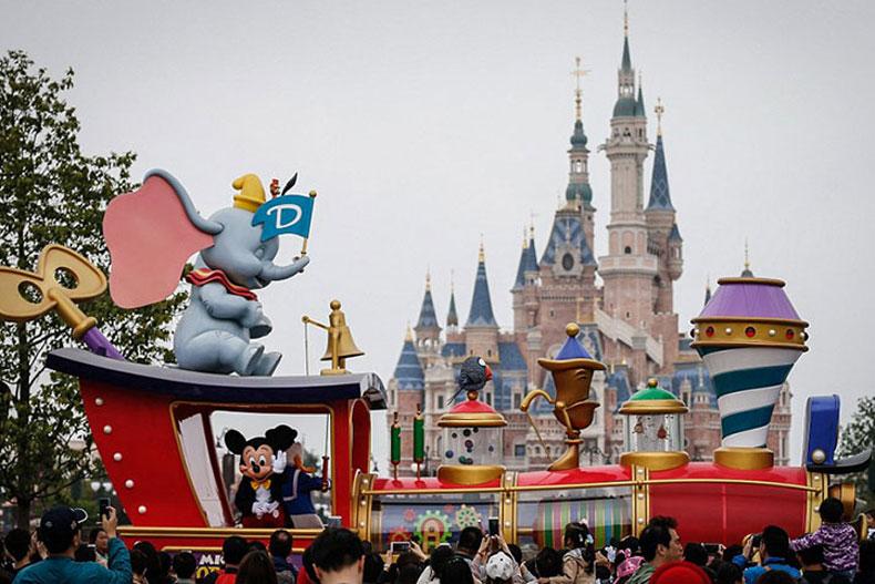 اولین پارک دیزنی در چین افتتاح شد