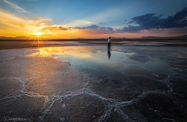 دریاچه و تالاب های عجیب در ایران