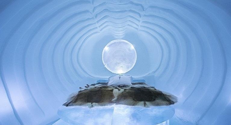 هتلی از جنس برف و یخ