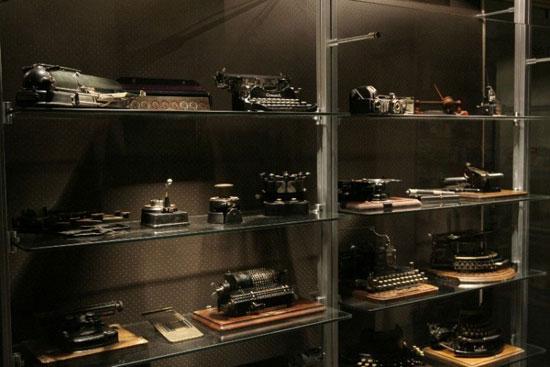 موزه ماشین اداره سفیر