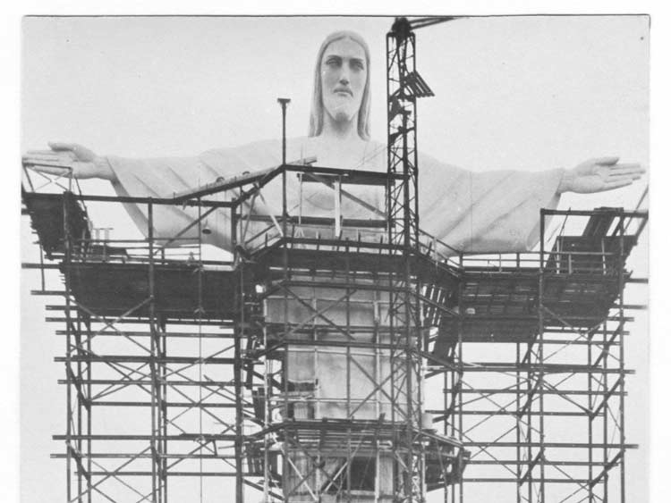 مجسمهی مسیج نجات دهنده