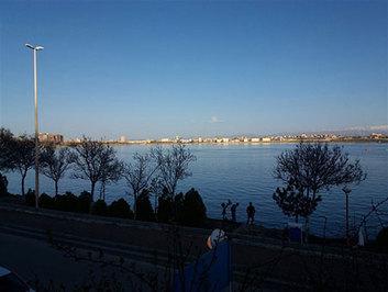 با دریاچه زیبای شورابیل آشنا شوید