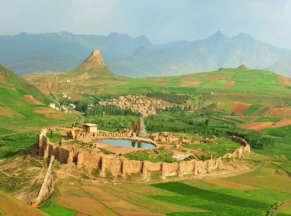 تصاویر دیدنی از تخت سلیمان