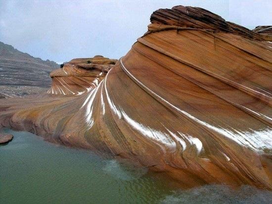 صخره های ورمیلیون که در فلات کلرادو