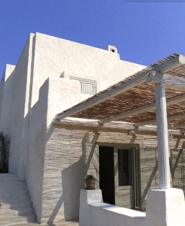 خانه ای که با خاکستر آتشفشان درست شده است