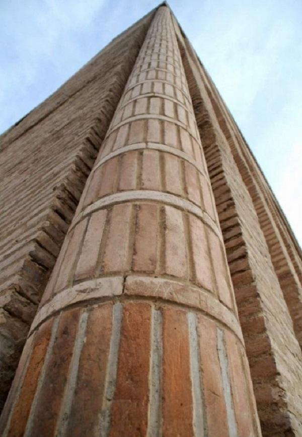 گنبد هارونیه ، تنها اثر به جا مانده از شهر باستانی توس