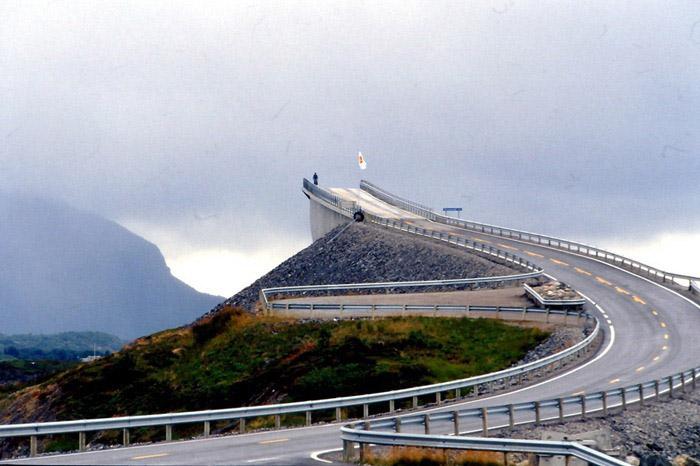 زیباترین پل و جاده نروژ
