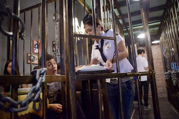 رستوران زندان جزیره شیطان، چین