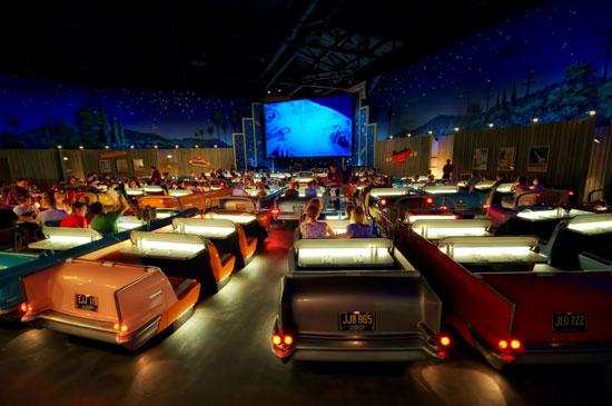 سالن نمایش کمپانی دیزنی در هالیوود