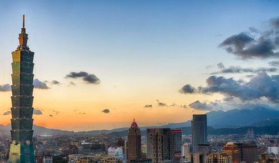 برج تایپه 101 تایپه؛ تایوان به ارتفاع 1670 پا