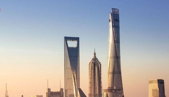 برج شانگهای؛ چین به ارتفاع 2073 پا