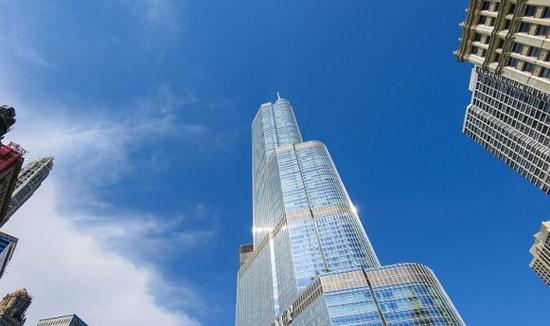 هتل و برج بین المللی ترامپ؛ شیکاگو به ارتفاع 1389 پا