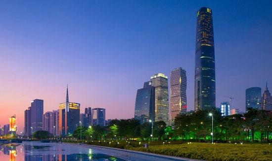 برج مرکز مالی جهانی گوانژو؛ چین به ارتفاع 1440 پا