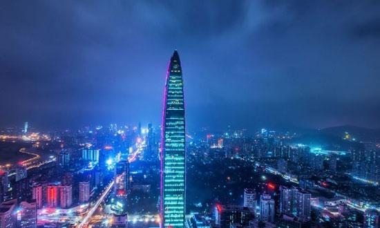 برج KK100 شنژن؛ چین به ارتفاع 1449 پا
