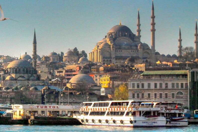ممنوعیت سفر به ترکیه همچنان ادامه دارد