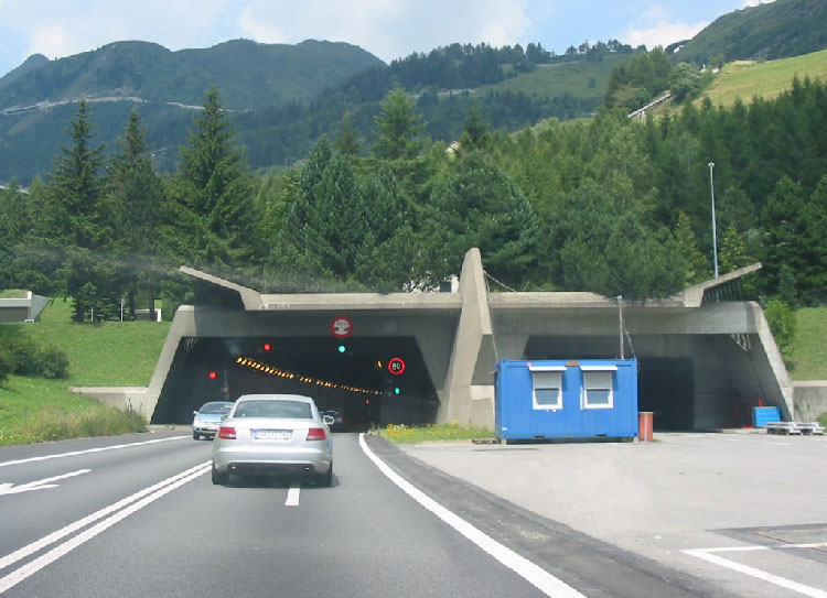 تونل گوتارد؛ سوییس
