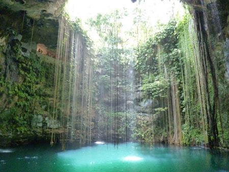 گودال های آبی سنوت در مکزیک