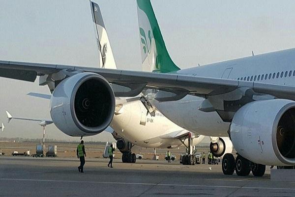 برخورد هواپیما ماهان و ایران ایر در فرودگاه امام خمینی (ره)