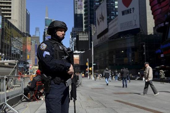 منفجر شدن یک بمب در منطقه منهتن نیویورک