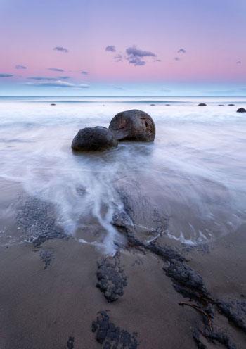 ساحل Koekohe Beach؛ نیوزیلند