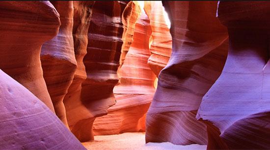 انتِلُپ کنیون، آریزونا (Antelope Canyon, Page, Arizona)
