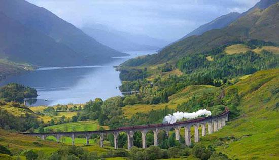 جادهای متفاوت به سمت جزیرهها در اسکاتلند