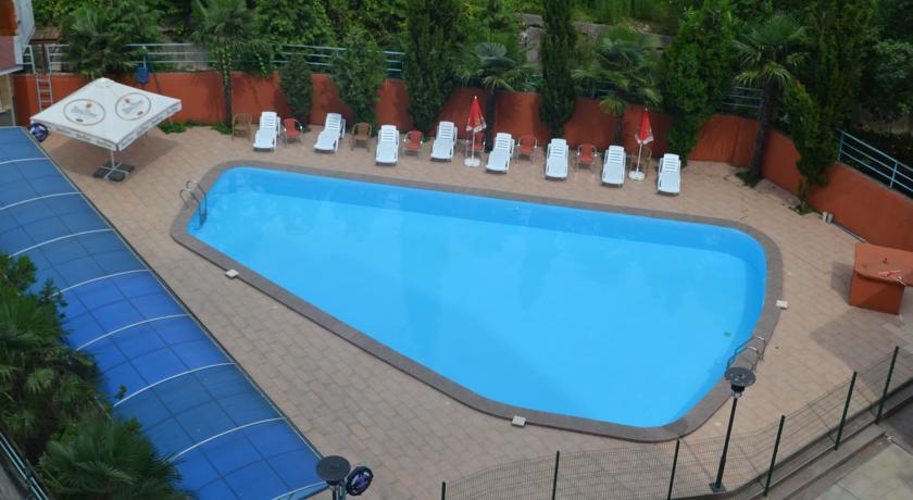 هتل گرند ریکسوس پالاس
