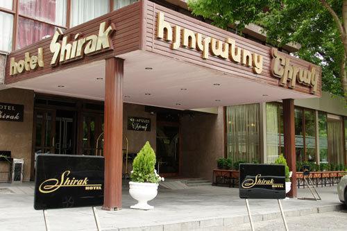 هتل شیراک