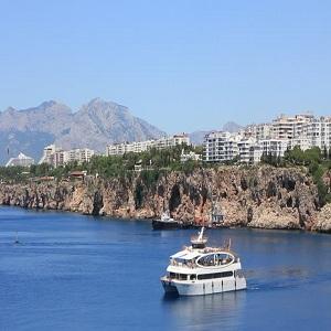 جاذبه های گردشگری آنتالیا، کشتی تفریحی