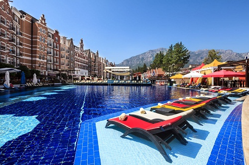 هتل اورنج کانتی آنتالیا (استخر روباز)