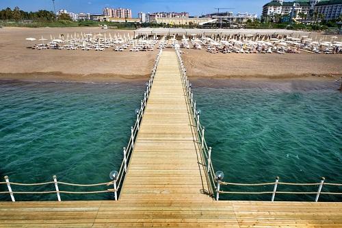 امکانات تفریحی در هتل رامادا ریزورت لارا Ramada Resort lara