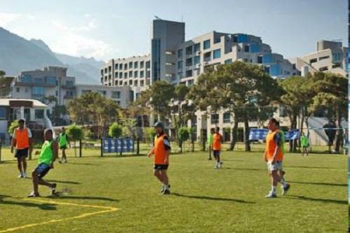 هتل ریکسوس سان گیت آنتالیا (زمین چمن فوتبال)