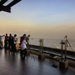برج مخابراتی کوالالامپور (عرشۀ روباز)