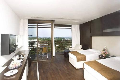 هتل کروانسرای لارا آنتالیا (اتاق های استاندارد)