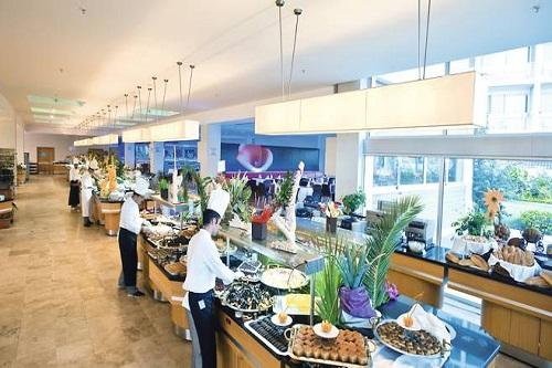 رستوران های هتل کروانسرای لارا آنتالیا Kervansaray Lara