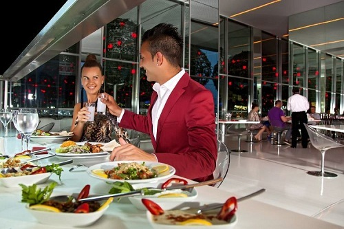 رستوران ها و کافه های هتل آدم و حوا (رستوران ایتالیایی بِسیلیکو)