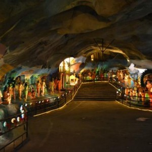غارهای باتو (غار رامایانا)