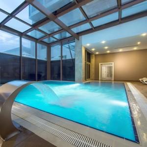 سالن ماساژ رویال (آب درمانی)