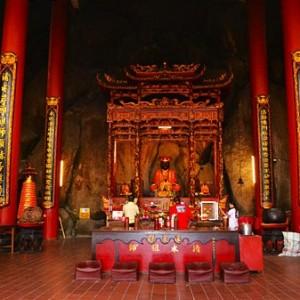 معبد بهشت و جهنم (سالن اصلی معبد)