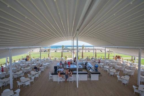 کافۀ ساحل اختصاصی هتل رامادا ریزورت لارا